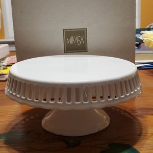 Mikasa 10Inch Footed Cake Stand, Bridal Lace
